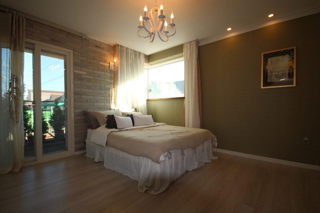Bedroom Lighting Room Bed Home  - nolinebrain / Pixabay