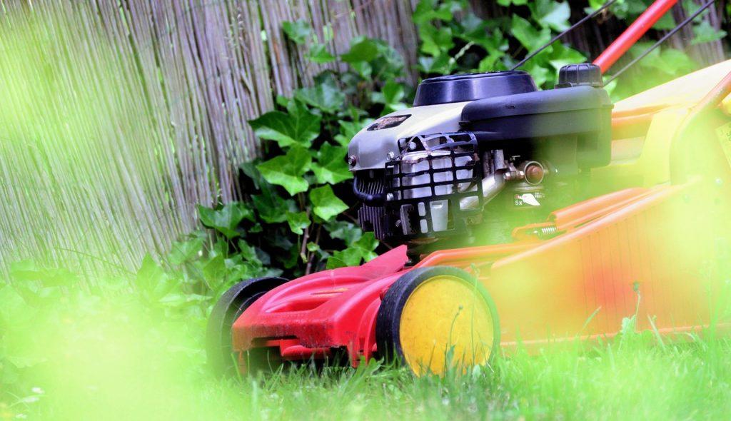 Lawn Mower Mow Gardening Rush - congerdesign / Pixabay