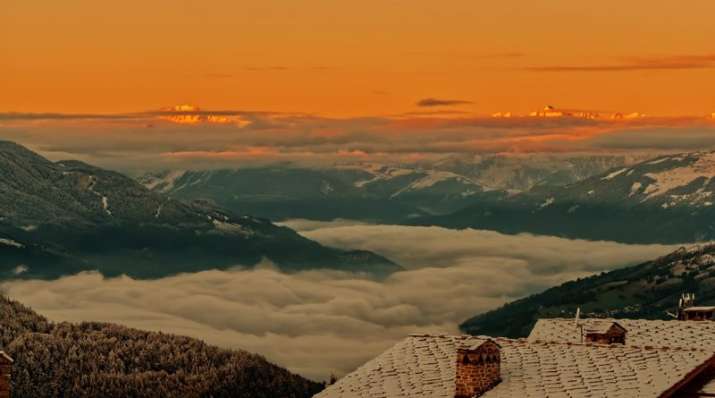 Mountains Sea Of Clouds Roofs  - yan1515 / Pixabay