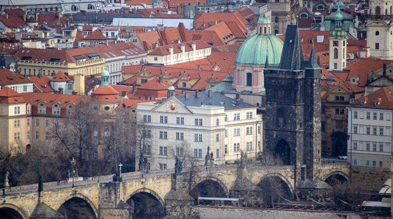 Prague Bridge City Architecture  - radex118 / Pixabay