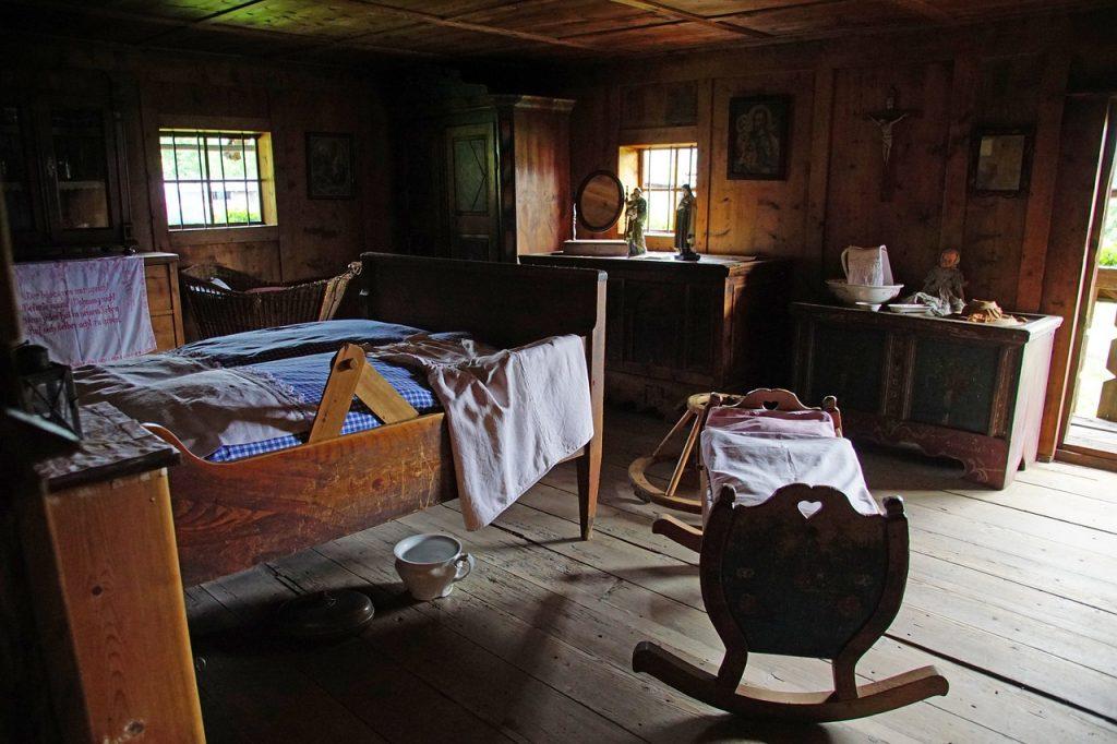 Room Ancient Read Cot Old  - rottonara / Pixabay