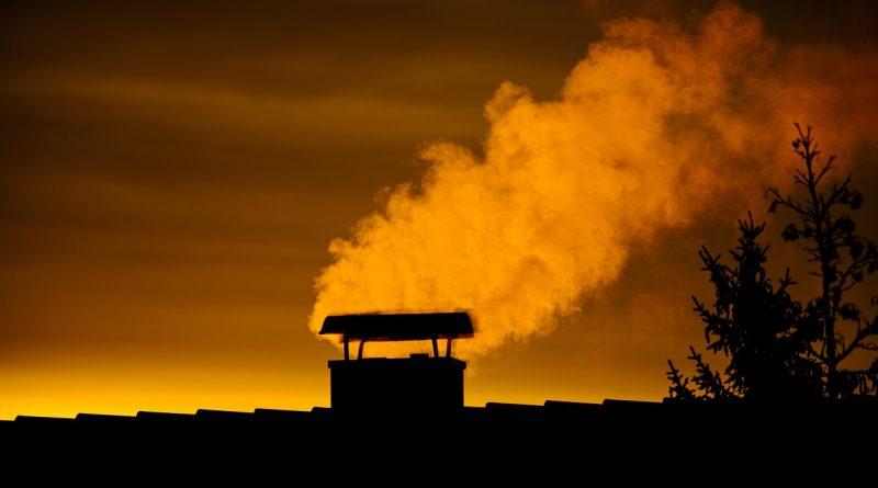 Sunrise Chimney Smoke Sunset  - minka2507 / Pixabay