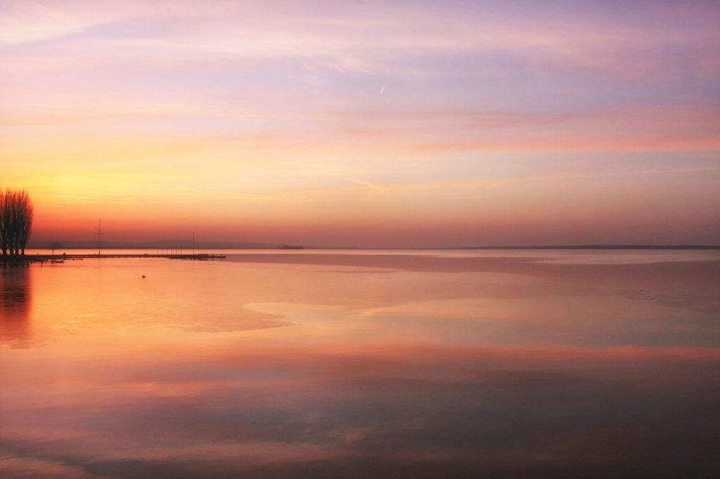 Sunset Sea Frozen Sunlight Light  - Andhoj / Pixabay