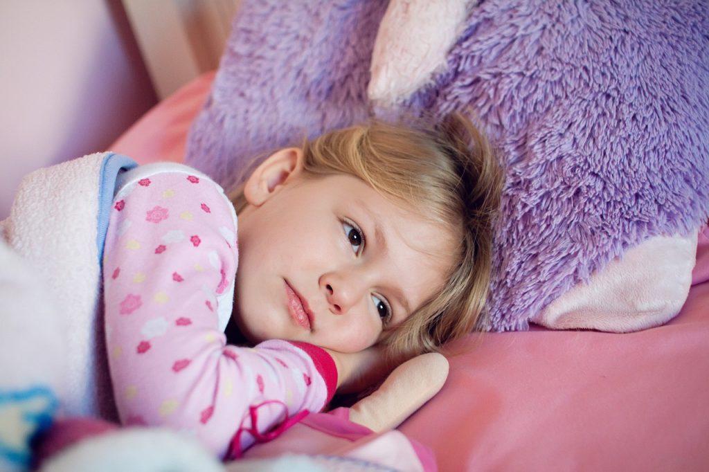 Girl Kid Bed Rest Child Little - GM-VA / Pixabay